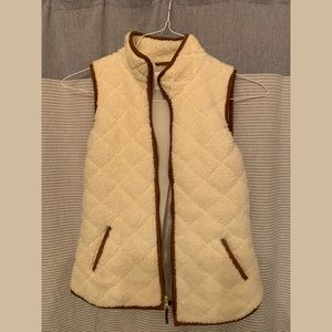 Old Navy quilted Vest XS